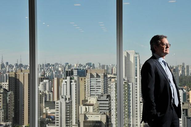 O economista Paulo Leme na sede do Goldman Sachs, em São Paulo, em 2013 (Karime Xavier/ Folhapress)
