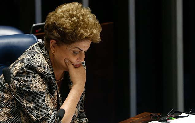 BRASÍLIA, DF, 29.08.2016: DILMA-IMPEACHMENT - A presidente afastada Dilma Rousseff faz sua defesa diante dos senadores durante sessão de julgamento do impeachment no plenário do Senado, em Brasília (DF), nesta segunda-feira (29). (Foto: Pedro Ladeira/Folhapress)