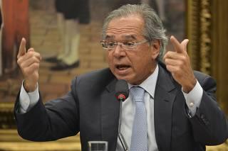 Paulo Guedes diz a Bolsonaro que atos de domingo podem atrapalhar reforma